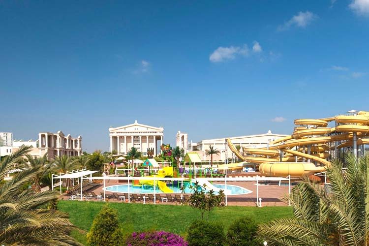 پارک آبی هتل کایا آرتمیس قبرس